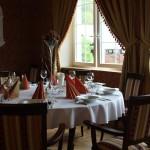 Wnętrze restauracji Dwór Maria Antonina