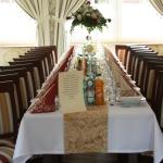 Stół dla gości weselnych